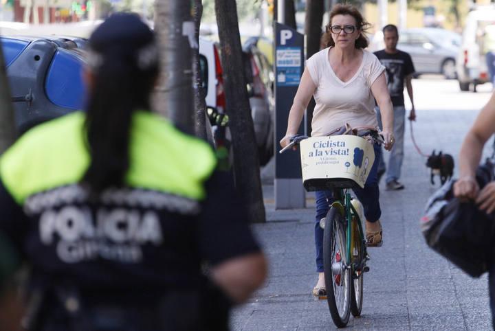 MARC MARTI  GIRONA       CARRETERA SANTA EUGENIA POLICIA MUNICIPAL PRIMER DIA SANCIO BICICLETES