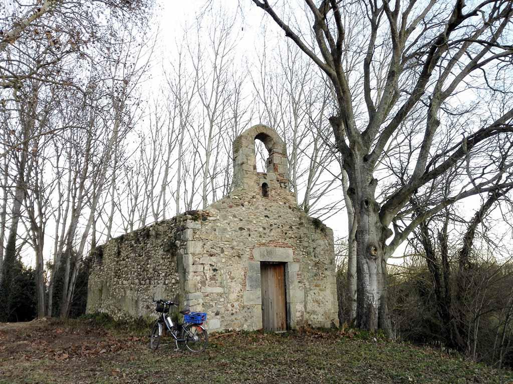 Foto 2- Ermita del castell de Fornells